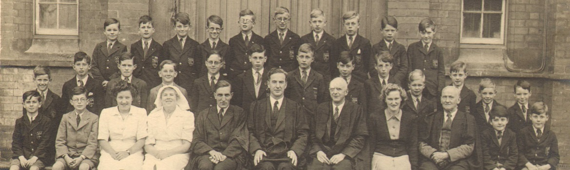 1946 Junior Boarders